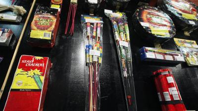 Vuurwerkverkopers stoppen verkoop babypijlen