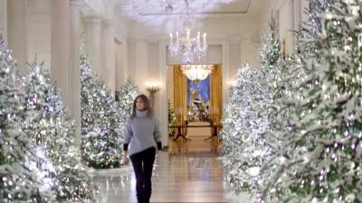 Witte Kerst Huis : Melania trump tovert witte huis om tot kerstpaleis met meter