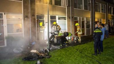 Felle brand in woning in Vlaardingen