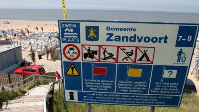 Duitsers en Belgen overspoelen badplaatsen