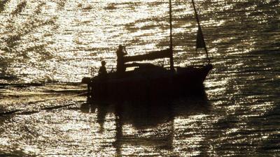 Twee Nederlandse zeilers dood aangetroffen na felle brand op boot