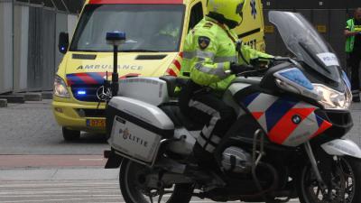 ziekenhuis-ambu-politiemotor