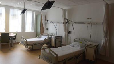 Foto van lege ziekenhuisbedden | Aneo Koning | www.fotokoning.nl