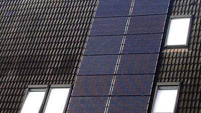 Foto van zonnepanelen op dak van woning   Archief EHF