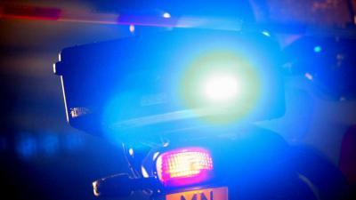 Man ernstig gewond bij botsing vrachtwagens op de A76