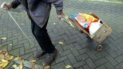 Dakloze man vindt 300.000 euro op luchthaven van Parijs